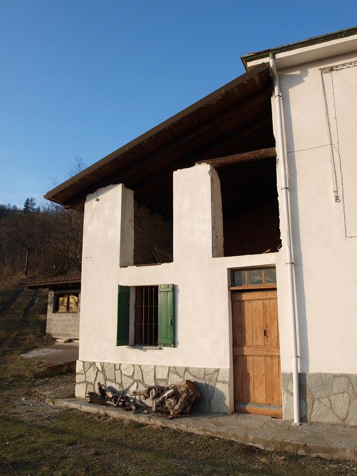 Casa di bistagno giuseppe morbelli - Alzare tetto casa ...